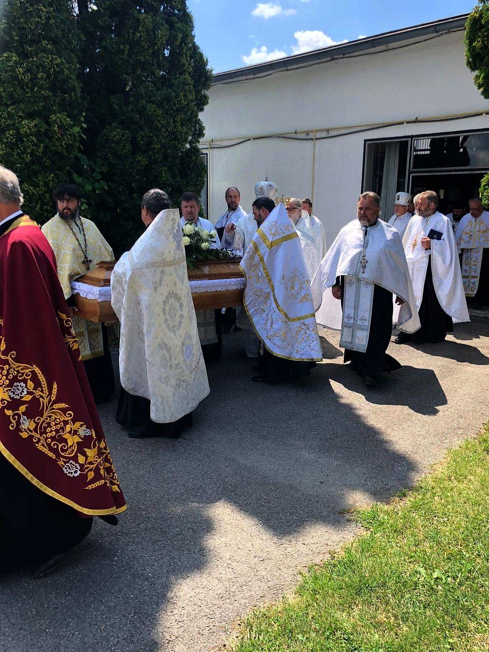 2019-08-17-sobrance-pohreb-IMG_29-0687_1