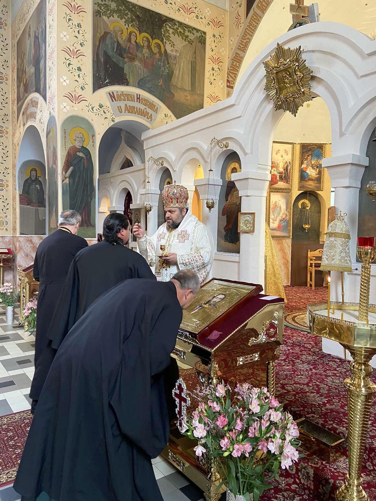 2021-06-01-presbyterium-liturgie-80-7EC20549-CCA4-4EC8-B6E3-AC3ABAD9A151_1