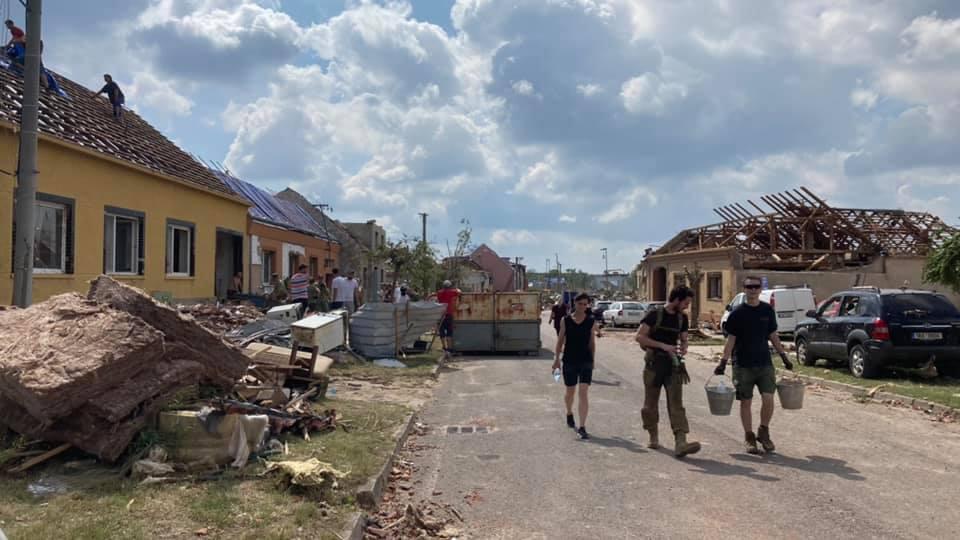 2021-06-tornado-morava-204666451_248206617083157_3902302742181374447_n