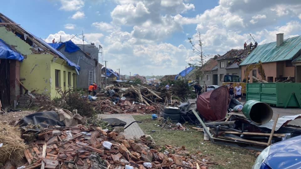 2021-06-tornado-morava-205312429_248206607083158_678205643002813993_n