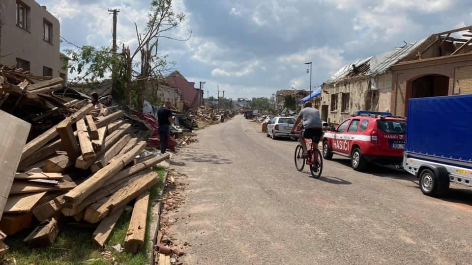 2021-06-tornado-morava-205480575_248206960416456_6893414202328980719_n